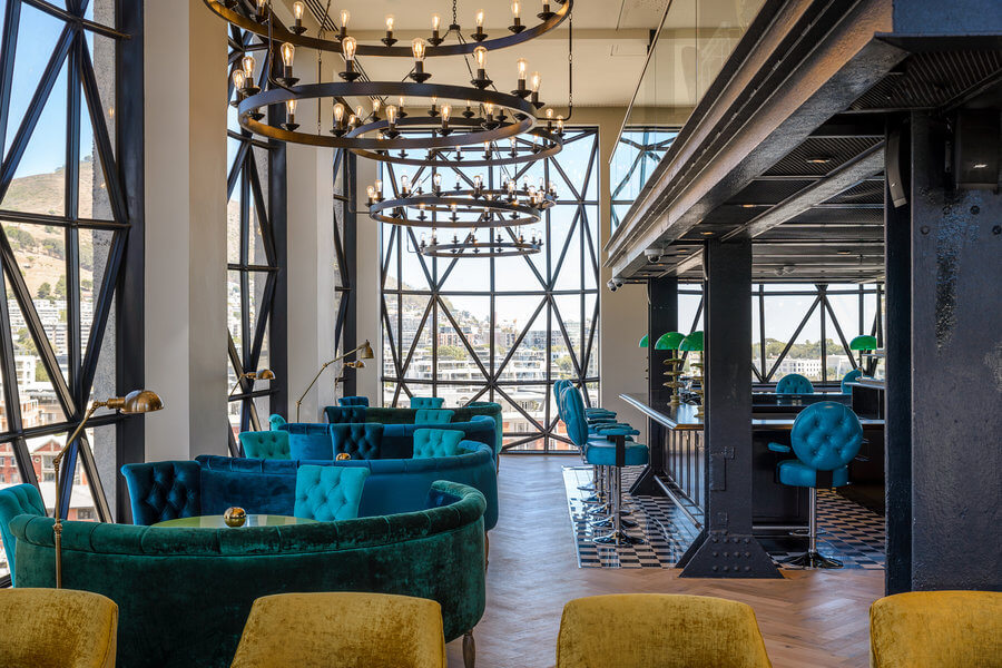 3 Posh and Pretty Cape Town Cocktail Spots That Keep It Classy